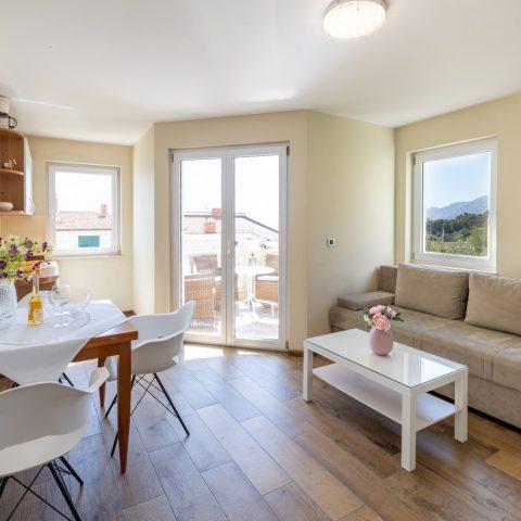 brela apartments karolina close to beach